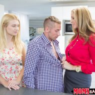 thumbs juliaann 046 Natalia Starr, Julia Ann   Moms Bang Teens